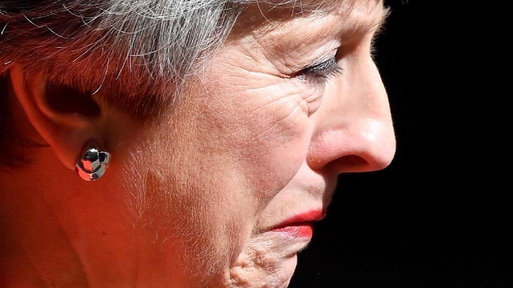 3 Tahun Kepemimpinan PM Inggris yang Berakhir dengan Gagalnya Brexit