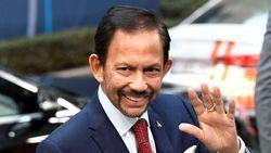 Sultan Brunei Jenguk Wiranto di RSPAD