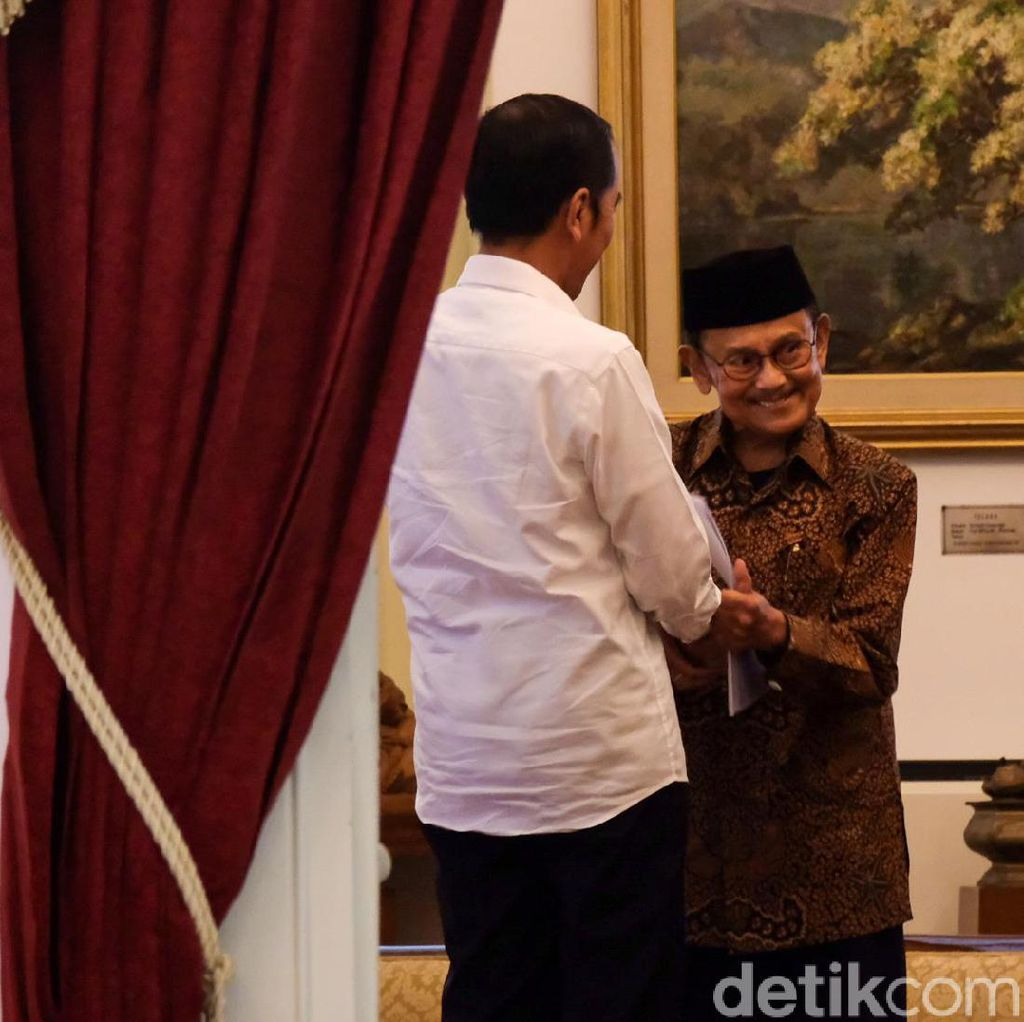 BJ Habibie Ucapkan Selamat ke Jokowi: Insyaallah Bisa Lanjutkan Program