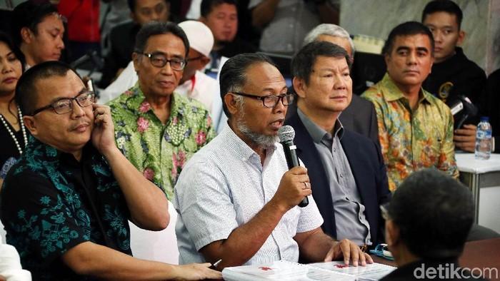 Tim hukum Prabowo-Sandi gugat hasil Pilpres ke MK (rengga/detikcom)