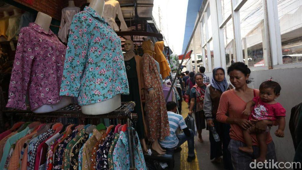 Horee! Pasar Tanah Abang Kembali Beroperasi