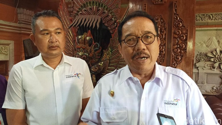 Wagub Bali Cok Ace dan Ketua BTB IB Agung Partha Adnyana (Aditya/detikcom)