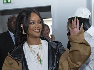 Rihanna Temani Kekasihnya Miliuner Arab Libur Lebaran di Italia