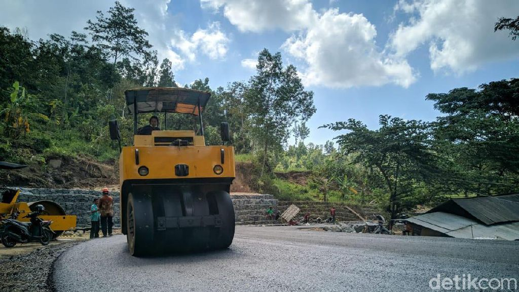 Perbaikan Jalan di Jalur Jabar Ditargetkan Selesai H-10 Lebaran