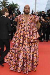 Pakai Gaun, DJ Pria Ini Hampir Dilarang Masuk ke Cannes Film Festival