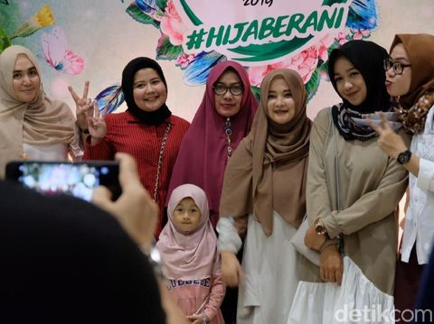 Suporter finalis Sunsilk Hijab Hunt 2019.