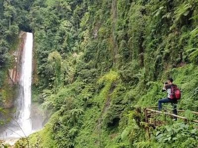 Cantik dan Masih Asri dari Curug Tertinggi di Bogor