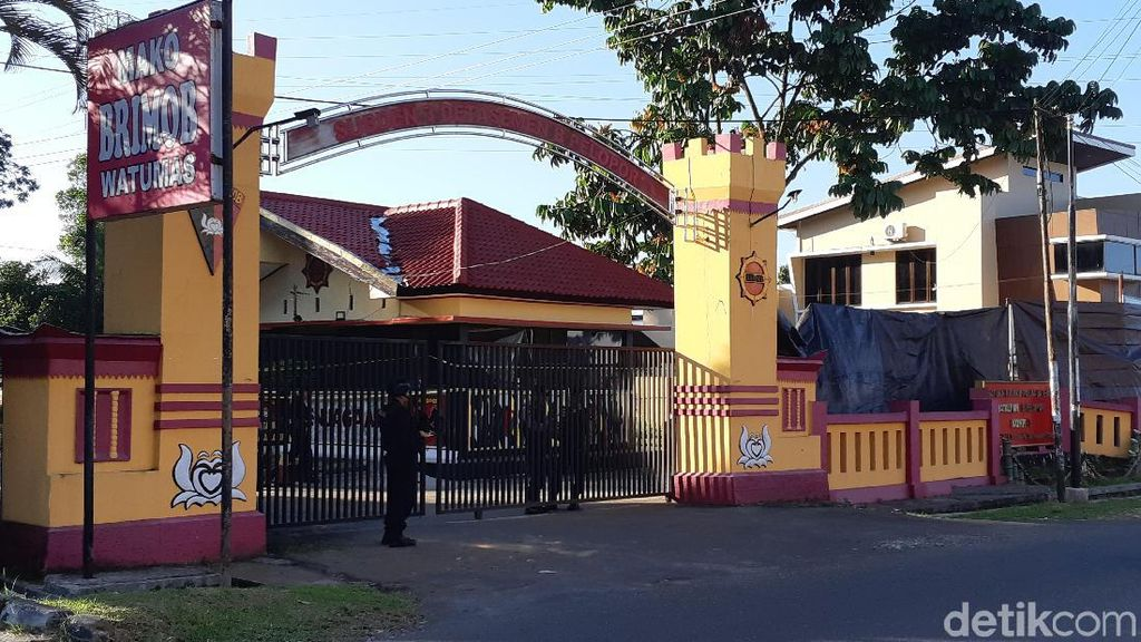 Polri Telusuri Penembak Pos Jaga Mako Brimob Purwokerto