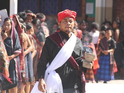 Libur Lebaran Seru di Samosir: Nonton Sigale-Gale Carnival