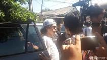 Mulan, Al, dan Dul Datangi Rutan Medaeng Jelang Ultah Ahmad Dhani