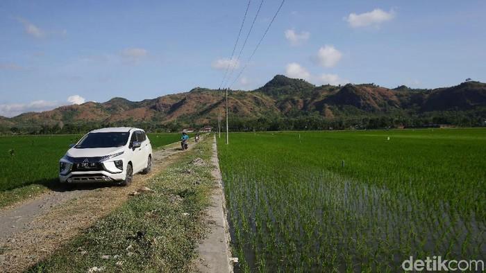 Tim detikcom melanjutkan perjalanan dari Malang menuju kota Yogyakarta, Jumat (24/5/2019). Pada hari ketiga tim Ekspedisi Xpander 2.000 KM Jawa mulai menggunakan jalur biasa tanpa melewati jalur Tol. Grandyos Zafna/detikcom
