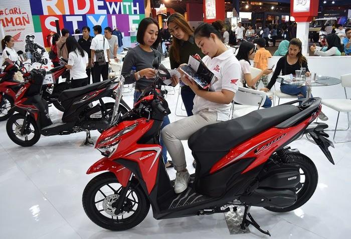 Main Dealer sepeda motor Honda Jakarta Tangerang, PT. Wahana Makmur Sejati (WMS) kembali ramaikan pameran JFK 2019. Aneka motor andalan Honda dipamerkan di sana