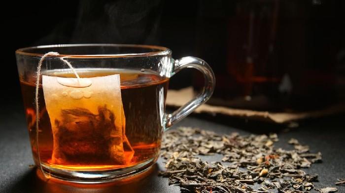 Berbuka dengan teh manis hangat rasanya memang nikmat (Foto: iStock)
