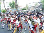Serunya 200 Penari Jathil Berbagi Takjil di Ponorogo