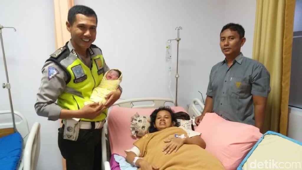 Kisah Polantas Selamatkan Ibu Hamil yang Terjebak Macet di Pekanbaru