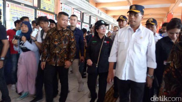 Cek Terminal Kampung Rambutan, Menhub Temukan Bis Tak Laik Jalan