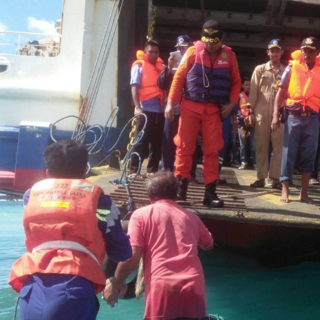 Kapal Penyeberangan Lombok-Bali Kandas, 150 Penumpang Dievakuasi