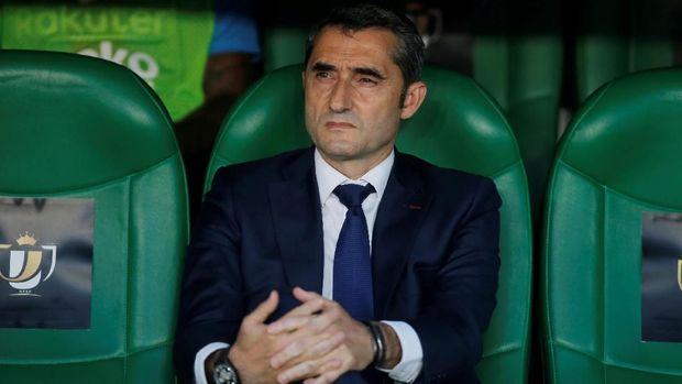 Ernesto Valverde tak punya solusi jitu di tengah krisis Barcelona. (