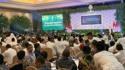 Jokowi Buka Puasa Bareng HIPMI di Ritz Carlton
