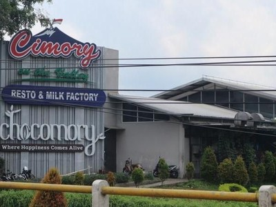 Rekomendasi Ngabuburit: Cimory on The Valley Restaurant