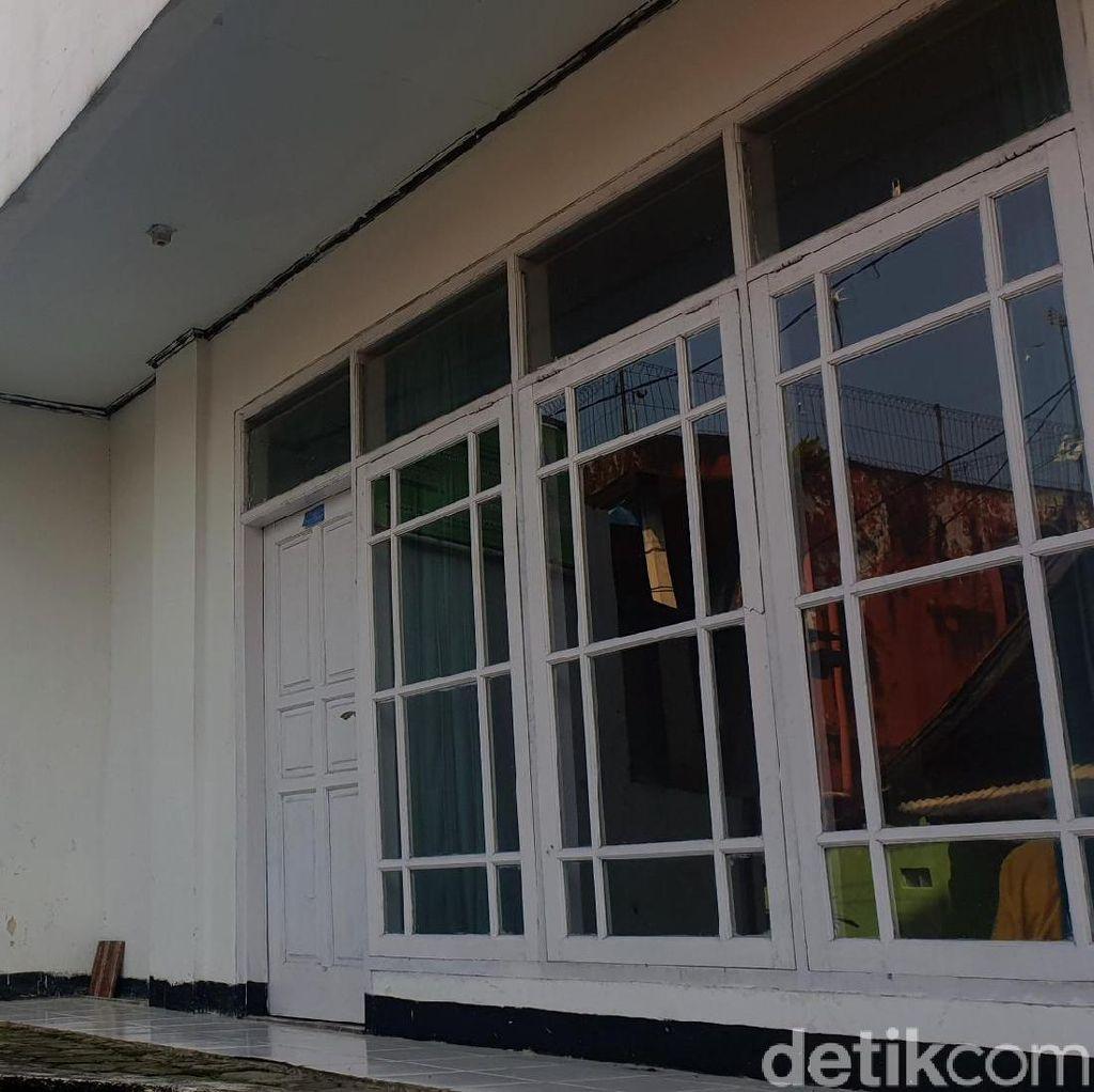 Pimpinan Ponpes di Cianjur Ustaz Umar Diamankan Polda Metro Jaya