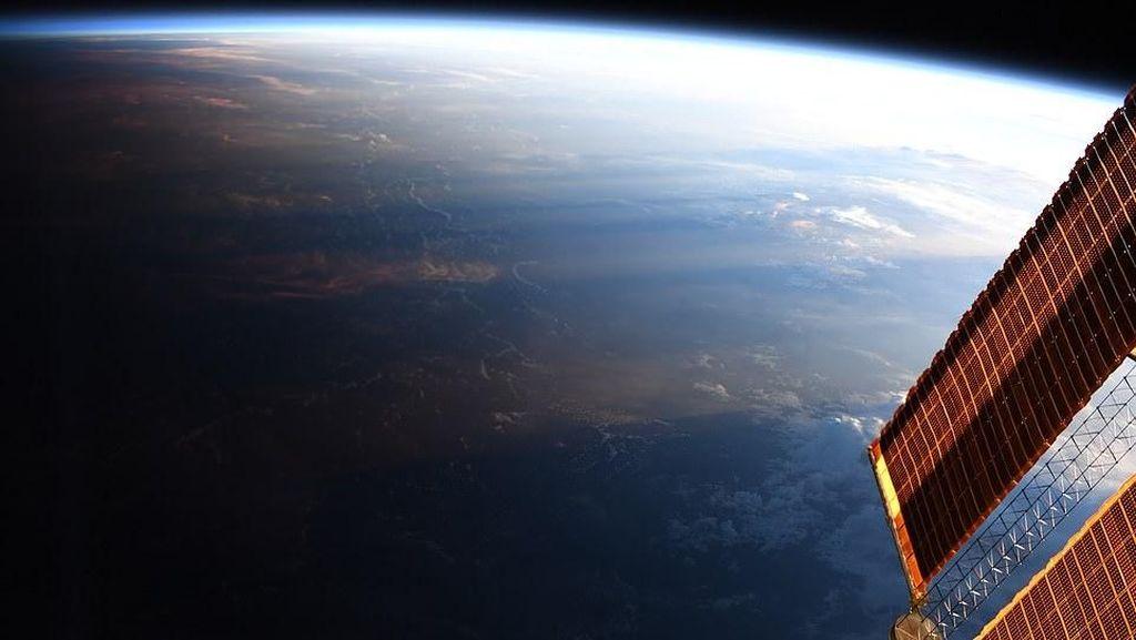 China Bikin Stasiun Antariksa Permanen Buat Rumah Astronaut
