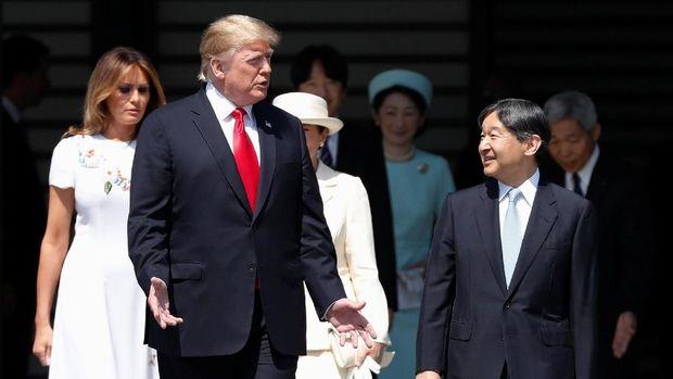 Donald Trump bertemu Kaisar Naruhito
