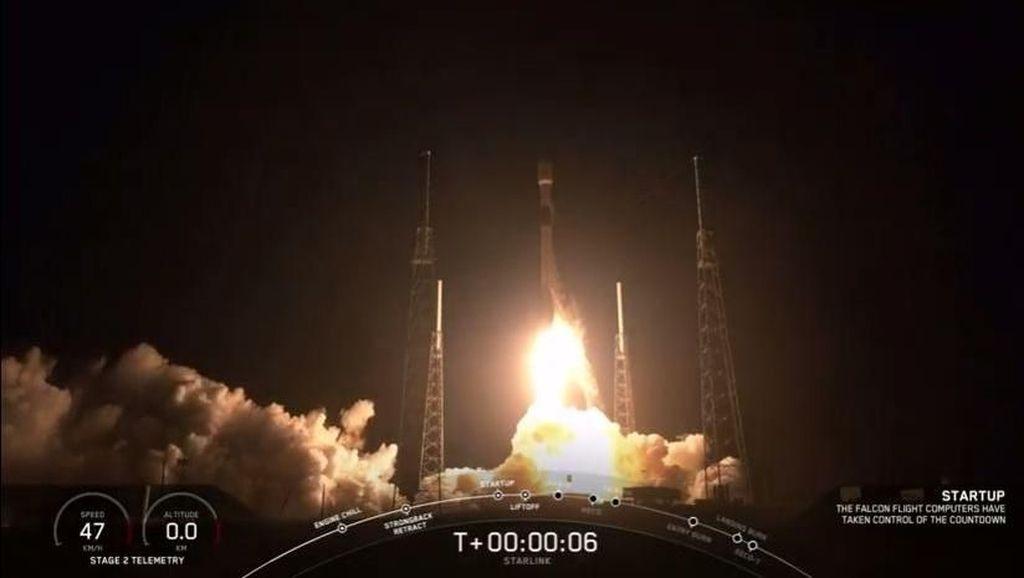 Potret Peluncuran 60 Satelit Internet Starlink Milik SpaceX