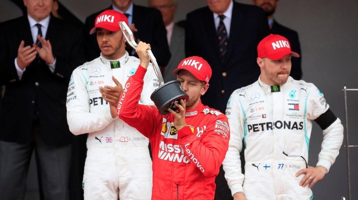 Finis Kedua, Vettel Maksimalkan Senggolan Verstappen-Bottas