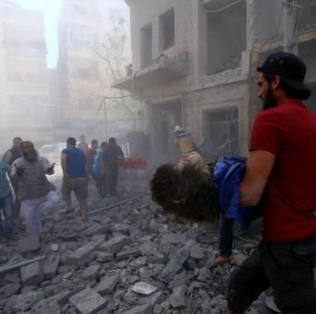 Serangan Udara Tewaskan 12 Warga Sipil Suriah