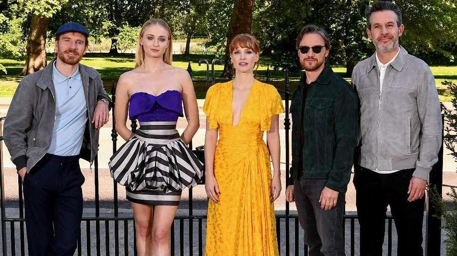 Tinggalkan Sansa, Ini Penampilan Sophie Turner Jadi Jean Grey