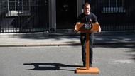 PM Inggris Theresa May Mundur, Teknisi Ganteng Mendadak Viral