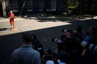 Momen PM Inggris Theresa May memberikan pidato pengunduran dirinya.