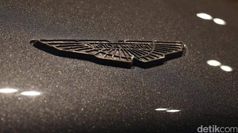 Aston Martin. Foto: Ari Saputra