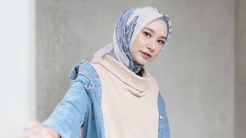 Cerita Bahjatina, Model Berhijab Langganan Pemotretan Koleksi Lebaran