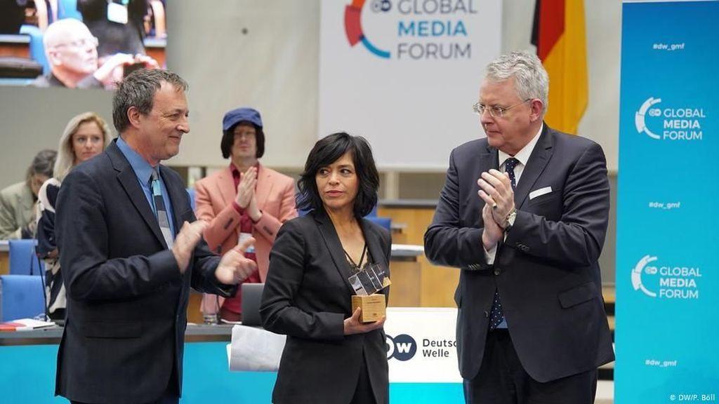 Anabel Hernandez, Jurnalis Meksiko Pemenang DW Freedom of Speech Award