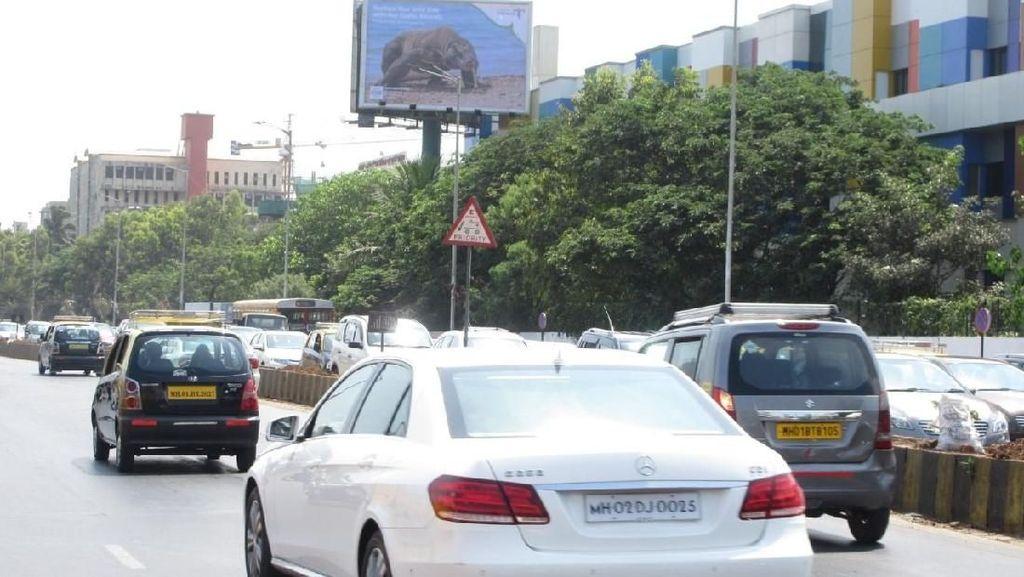 Tarik Turis India, Sejumlah Baliho Wonderful Indonesia Dipasang di Mumbai