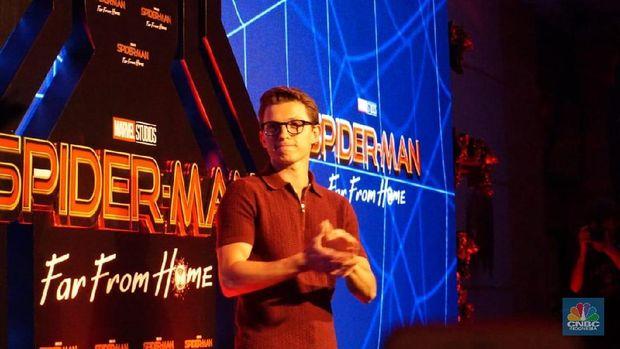 Tom Holland, Spiderman, Bali (CNBC Indonesia/Gustidha Budiarti)