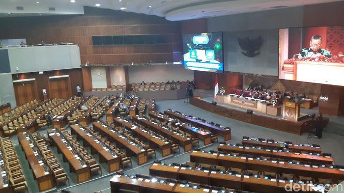 Foto: Suasana ruangan paripurna DPR RI Selasa (28/5) (Tsarina Maharani/detikcom)