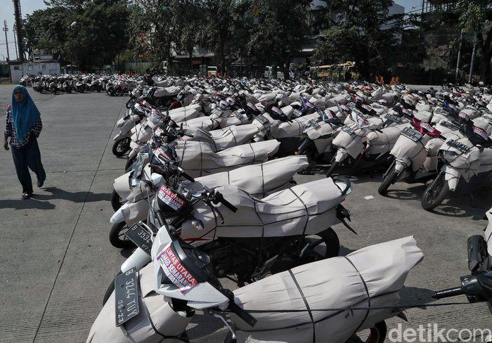 Ribuan motor ikut serta dalam progran Angkutan Motor Gratis yang diselenggarakan oleh Kementerian Perhubungan (Kemenhub).