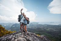 Ilustrasi turis selfie (iStock)