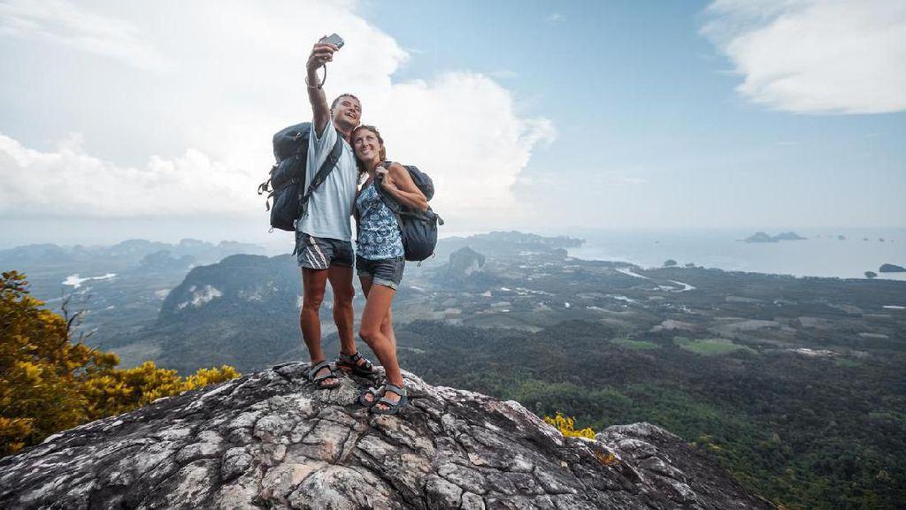 5 Tips Agar Selfie Tak Berujung Maut