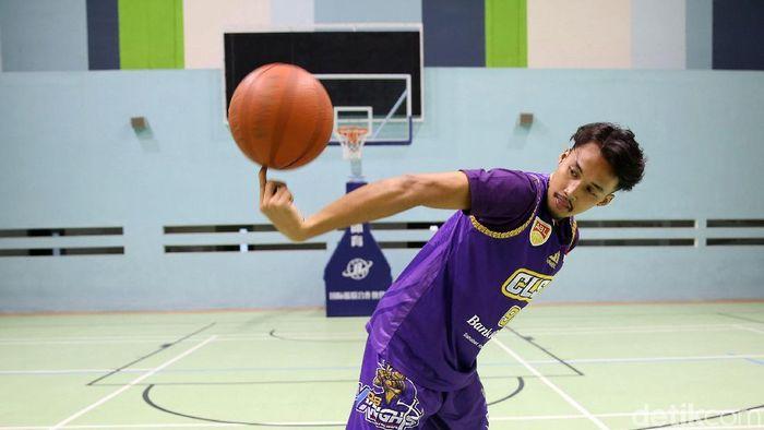 Sandy Febiansyakh mengenal basket justru dari membencinya. (Agung Pambudhy/detikSport)