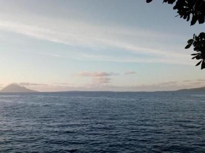 Lagi di Manado? Ngabuburit di Pantai Malalayang Saja