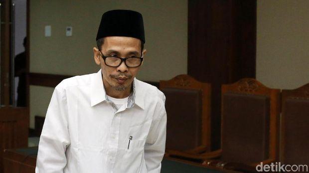 Amarah Rommy Dikerjai Sepupu Kini Dapat 'Stempel' dari Hakim