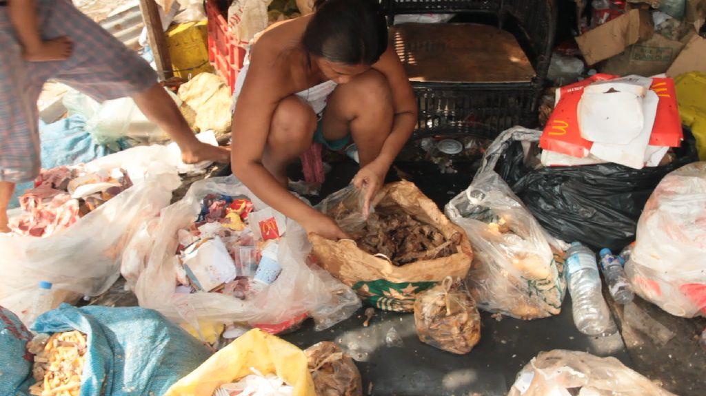Pagpag Makanan Sisa dari Tempat Sampah Jadi Hidangan Favorit  di Filipina