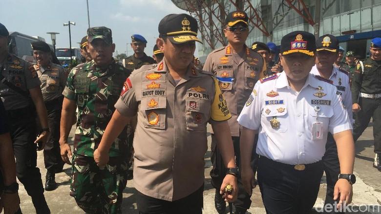Kapolda Pantau Ramp Check di Terminal Pulo Gebang