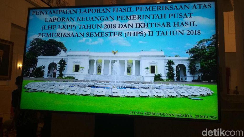 BPK Serahkan Laporan Keuangan Pemerintah Pusat Ke Jokowi