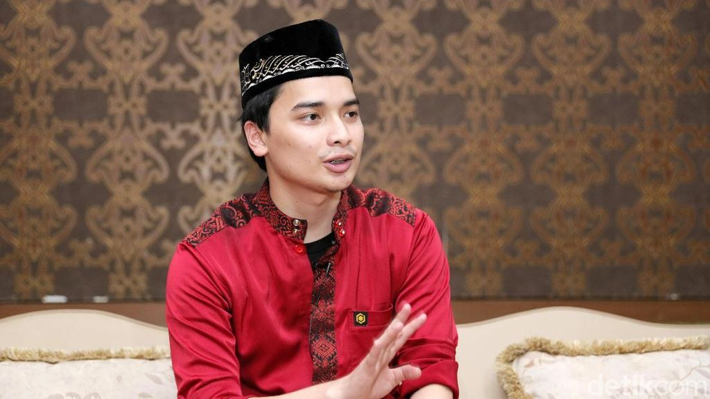 Alvin Faiz Perankan Arifin Ilham di Suami Yang Menangis