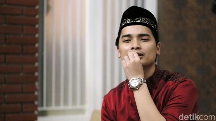 Alvin Faiz, putra Arifin Ilham saat ditemui di kediamannya di kawasan Sentul.